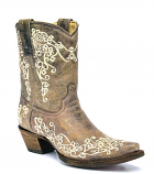 Women's Snip Toe Tobacco Short Boot by Corral